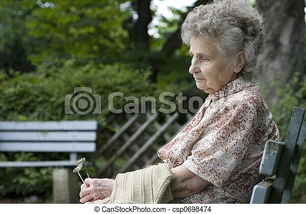 vrouw, bejaarden - csp0698474