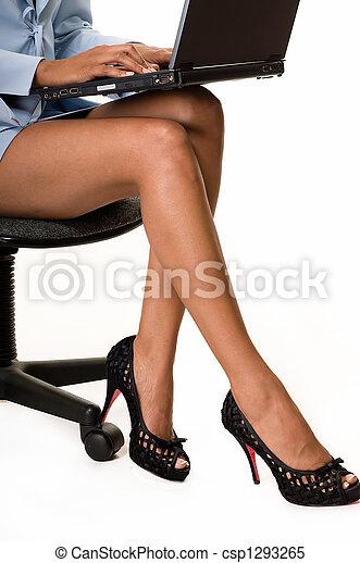 vrouw, benen, zakelijk - csp1293265