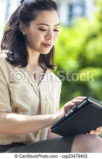 vrouw, computer, tablet, chinees, aziaat - csp23479403