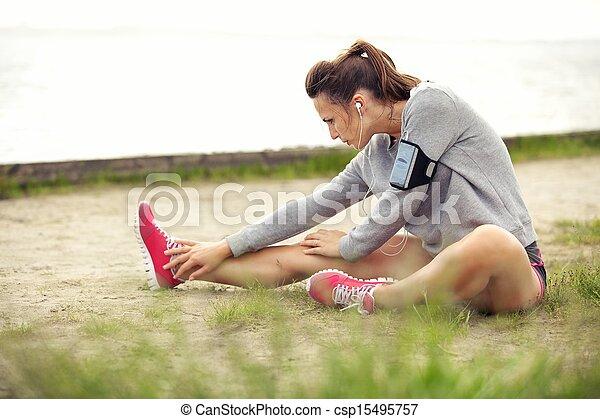 vrouw, haar, workout, stretching, benen, voor - csp15495757