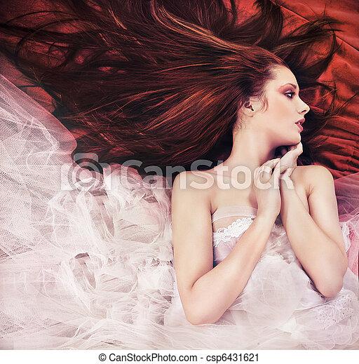 vrouw, haired, pose, jonge, lang, gember, sensueel - csp6431621
