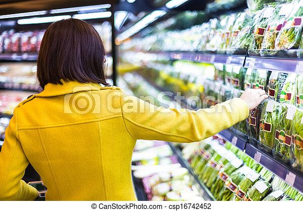vrouw winkelen, jonge, supermarkt - csp16742452