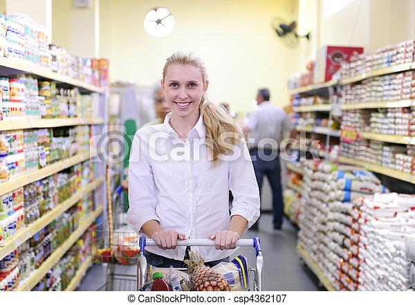 vrouw winkelen, supermarkt - csp4362107