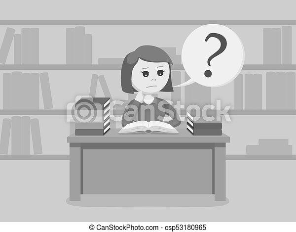 vrouwlijk, verward, terwijl, boek, student lezen - csp53180965