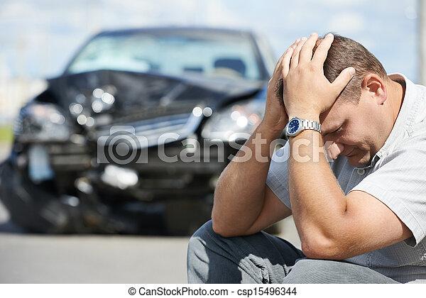 wóz, po, ruina, przewrócić, człowiek - csp15496344