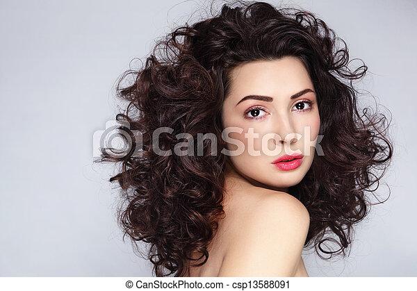 włosy, kędzierzawy - csp13588091