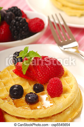 Waffles with fruit - csp5545654