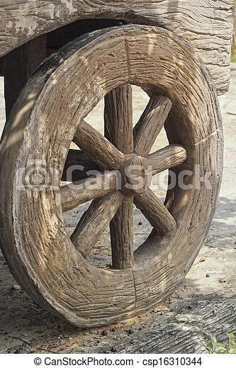wagon wheel old - western style. - csp16310344