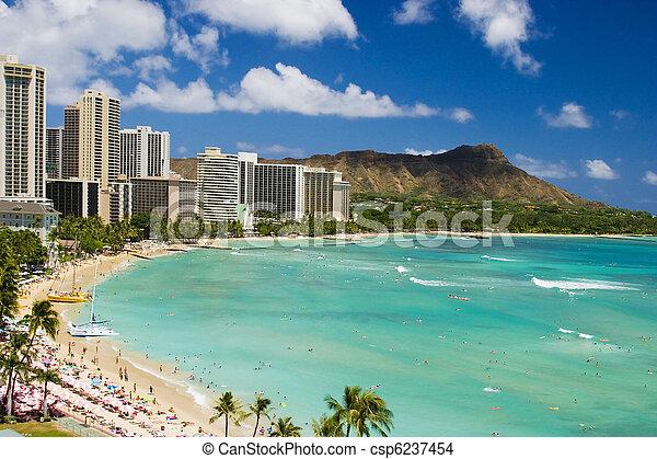 Waikiki Beach and Diamond Head Crater - csp6237454
