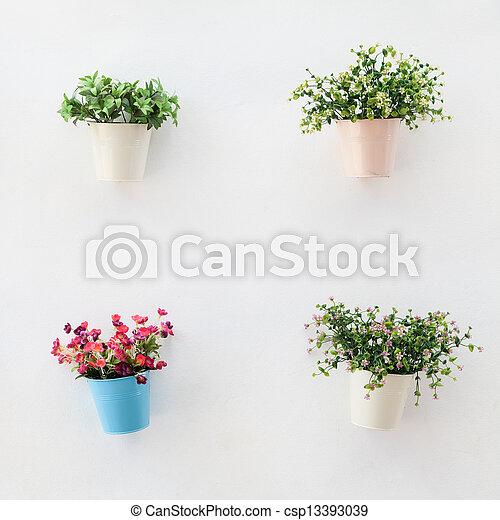 Wand Weisses Bunte Blumentopfe Wand Beton Weisses Stockfotos