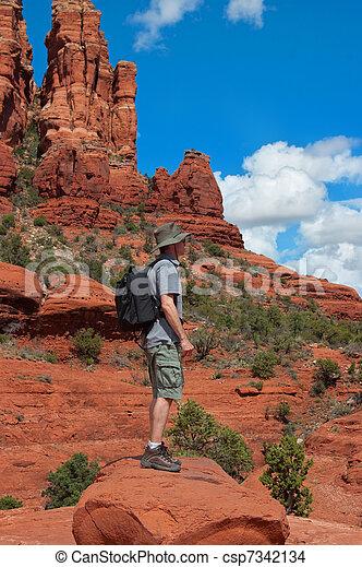 Hike - csp7342134
