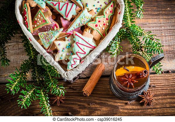 Warming Christmas sweet tea - csp39016245