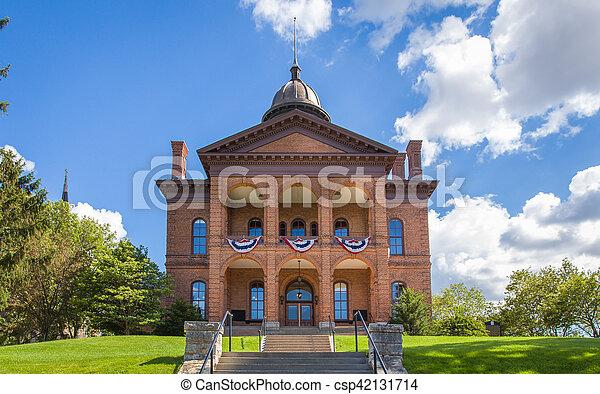 Washington County Historic Courthouse - csp42131714