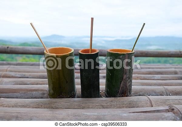 Wasser Rohr Trinken Handgearbeitet Bambus Schoenheit Natur