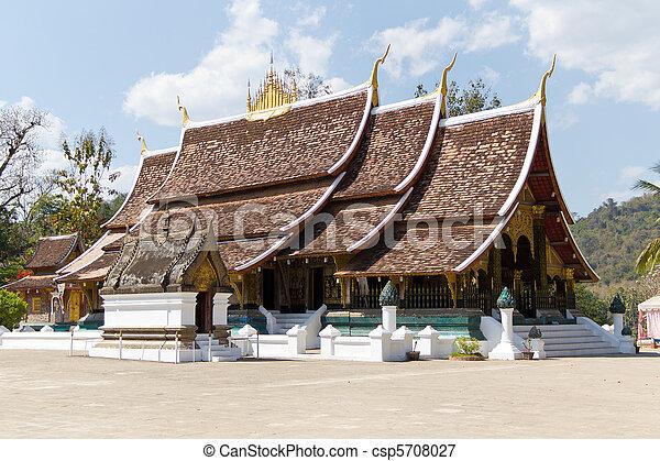 Wat Xieng Thong in Luang Prabang, Laos - csp5708027