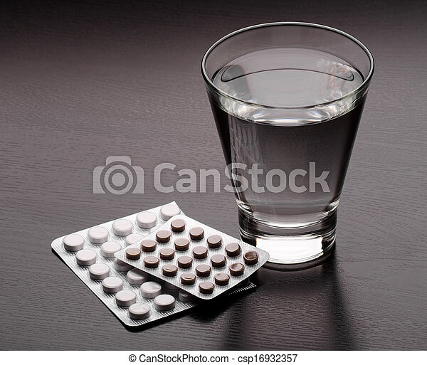 Water and pills - csp16932357