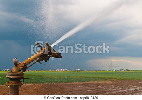 Water spray in agriculture - csp6813130