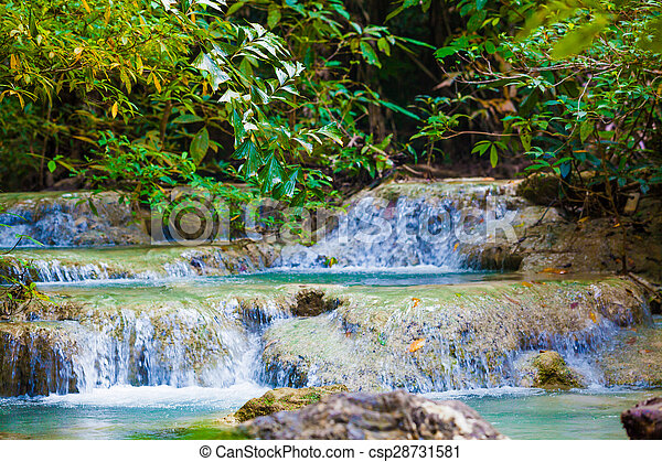 waterfall., erdő, mély - csp28731581