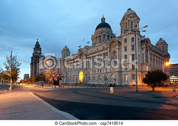 Waterfront in Liverpool - csp7419514