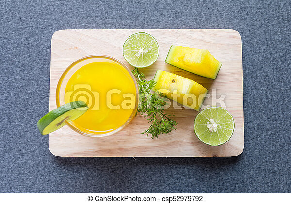 Watermelon juice with yellow pulp with lime - csp52979792