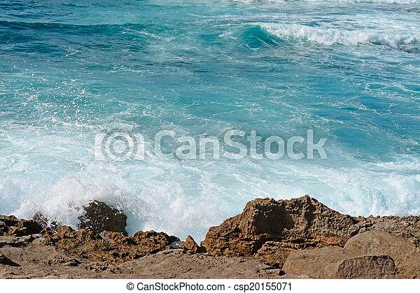 waves crashing - csp20155071