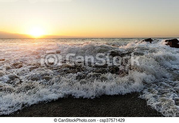 Waves Crashing - csp37571429