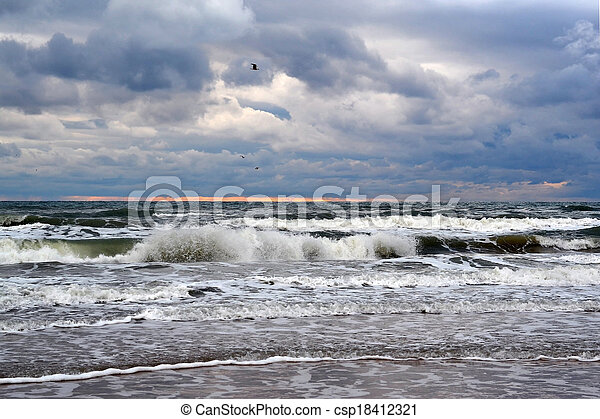 Waves of the Black Sea. Cloudy weather. - csp18412321