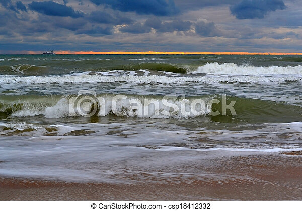 Waves of the Black Sea. Cloudy weather. - csp18412332