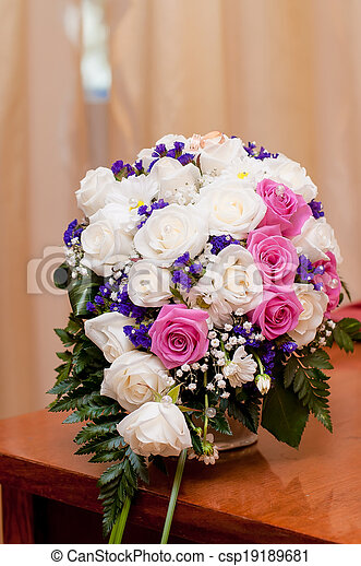 Wedding bouquet of beautiful roses  - csp19189681