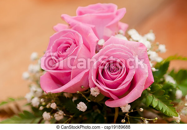 Wedding bouquet of beautiful roses  - csp19189688