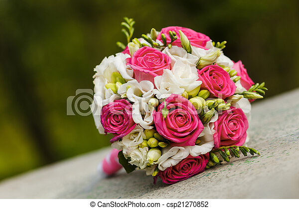 Wedding bouquet of red white roses - csp21270852