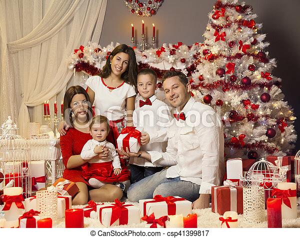 Geschenke Für Eltern Zu Weihnachten.Weihnachtsgeschenk Stammbaum Kinder Feiern Eltern Porträt Baby Dekoriert Weihnachten Geschenk Zimmer