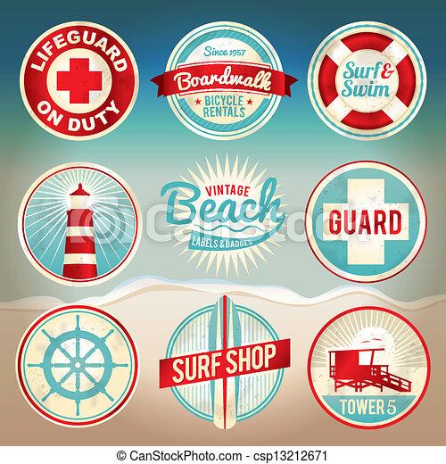 Vintage Beach Labels und Abzeichen - csp13212671
