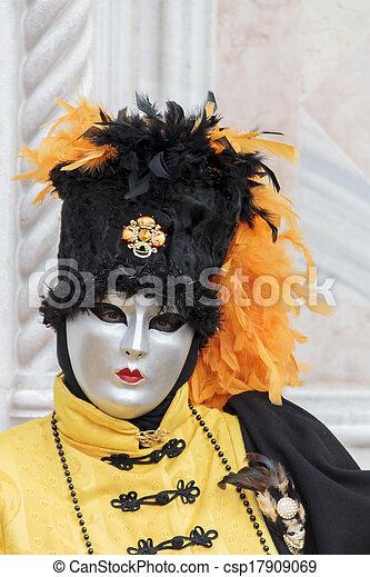 wenecka maska, karnawał - csp17909069