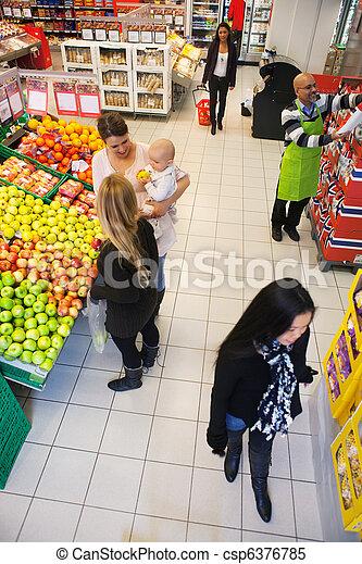 werkende, supermarkt - csp6376785