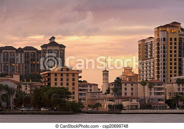 West Palm Beach Architecture - csp20699748