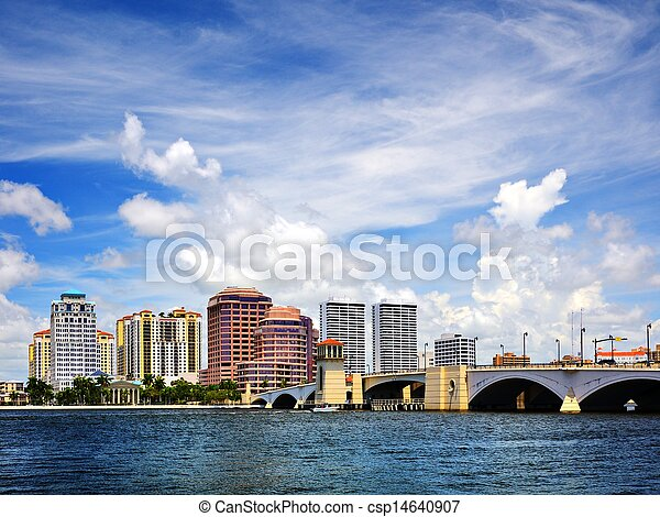 West Palm Beach Florida Skyline - csp14640907