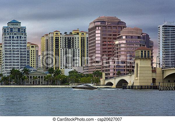 West Palm Beach Skyline - csp20627007