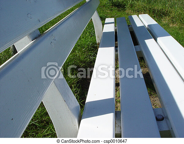 white bench - csp0010647
