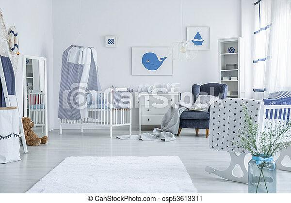 White crib with striped veil - csp53613311