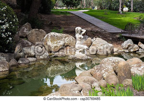 White Marble Garden Sculpture In Antique Greek Style Canstock