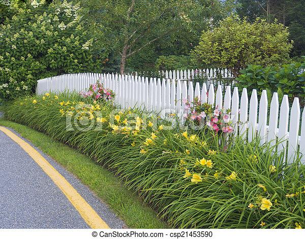 White picket fence - csp21453590