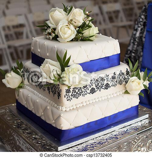 White Rose wedding cake - csp13732405