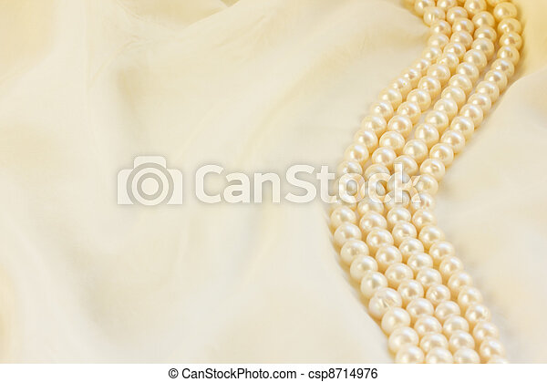 white silk with pearls - csp8714976