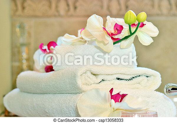 White towels - csp13058333