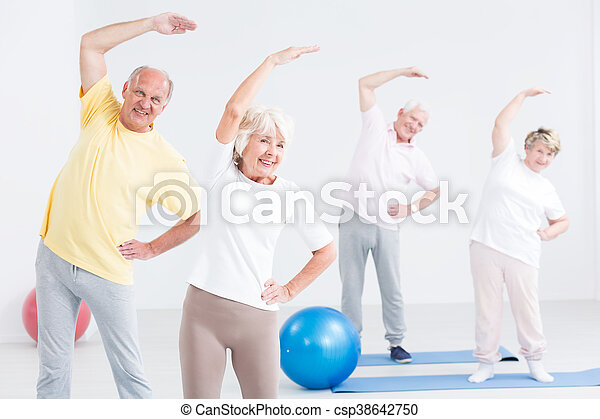 Why not exercising together? - csp38642750