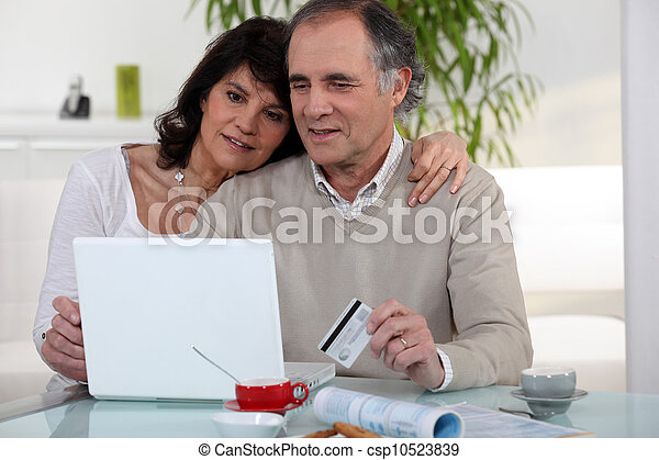 wiek średni, para, shopping na-linie - csp10523839