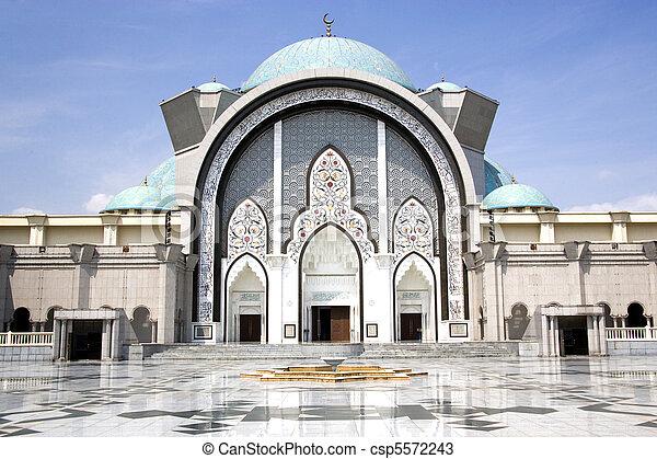Wilayah Persekutuan Mosque - csp5572243