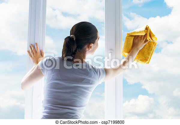Lavando ventanas - csp7199800