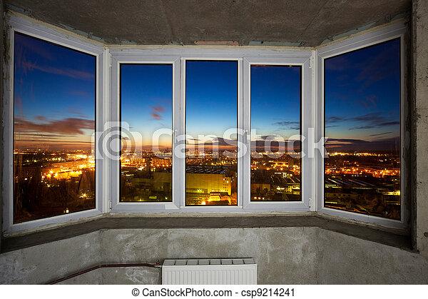 Ventanas en nuevo apartamento - csp9214241
